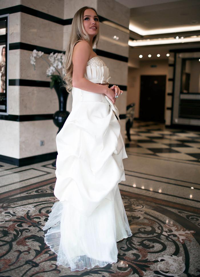Свадебное платье Крем-Волан
