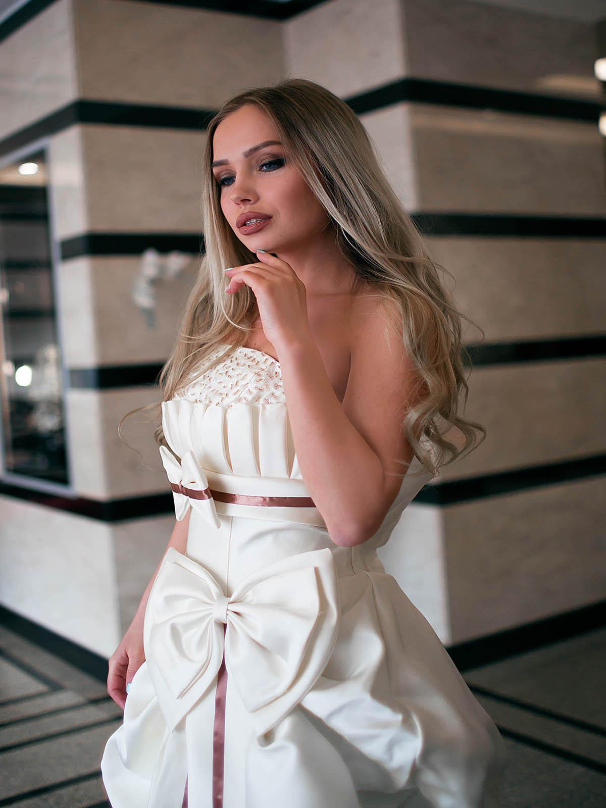 Свадебное платье Крем-Волан 2