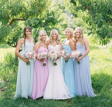 Идеальное сочетание – свадьба в голубом и розовом цвете.