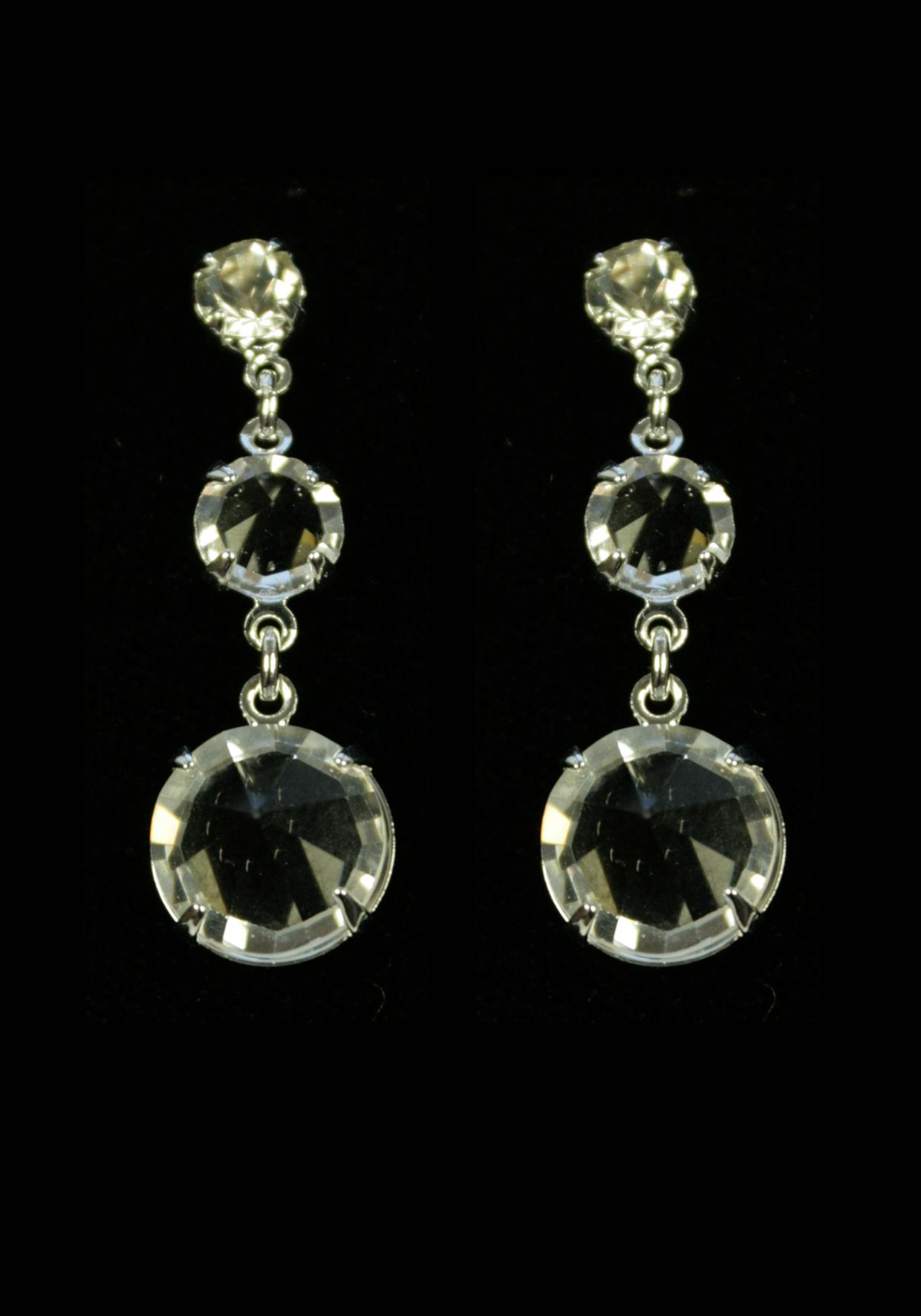 Фотография Серьги из трех кристаллов