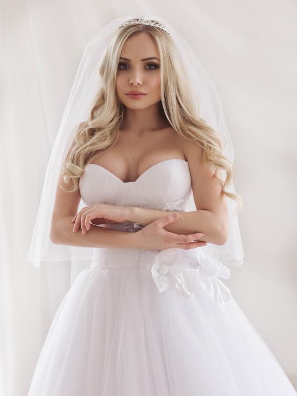 Диадема свадебная со стразами 1