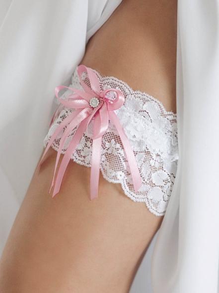 Подвязка с розовым бантом