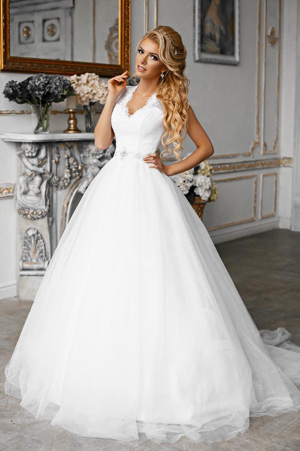 Фотография Свадебное платье Monna XL