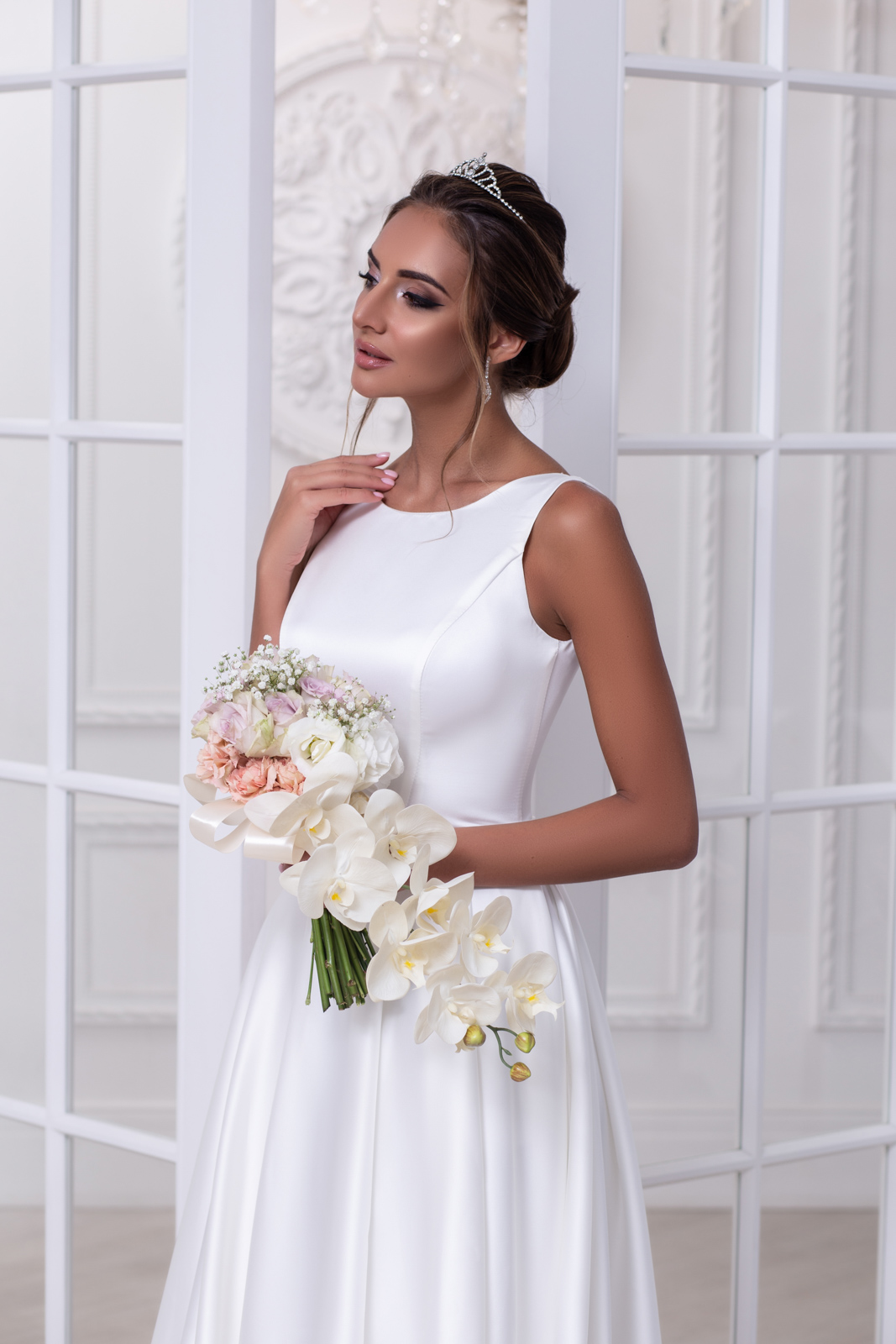 Свадебное платье Нина атлас складки 2