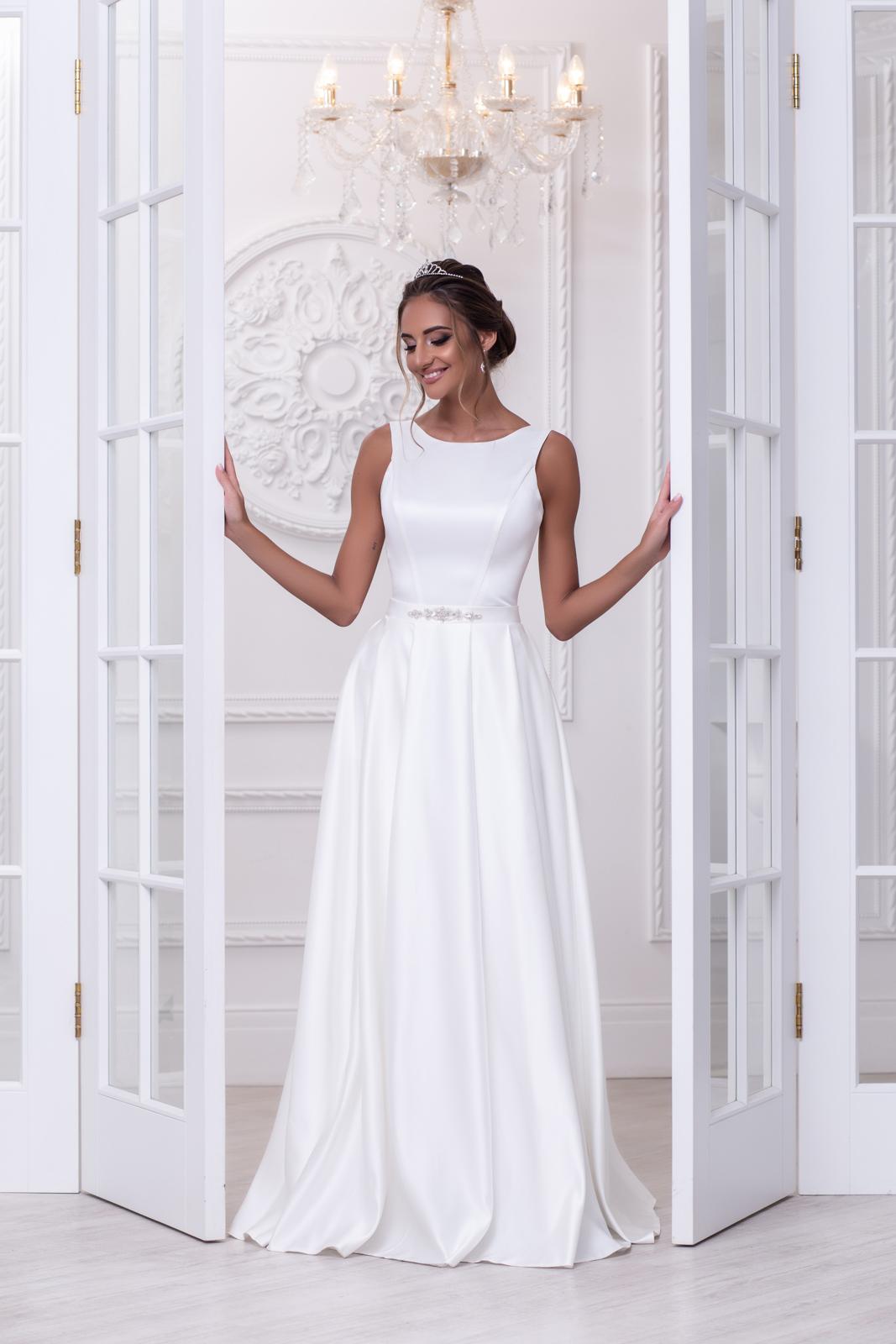 Свадебное платье Нина атлас складки 1